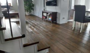 Podłoga dębowa w domu